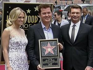 Carrie-Underwood-Simon-Fuller-Ryan-Seacrest