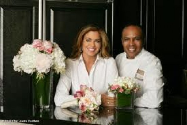 Supermodel-Kathy-Ireland-Chef-Andre-Carthen-Acafe-Soriety-Bella-Petitejpeg