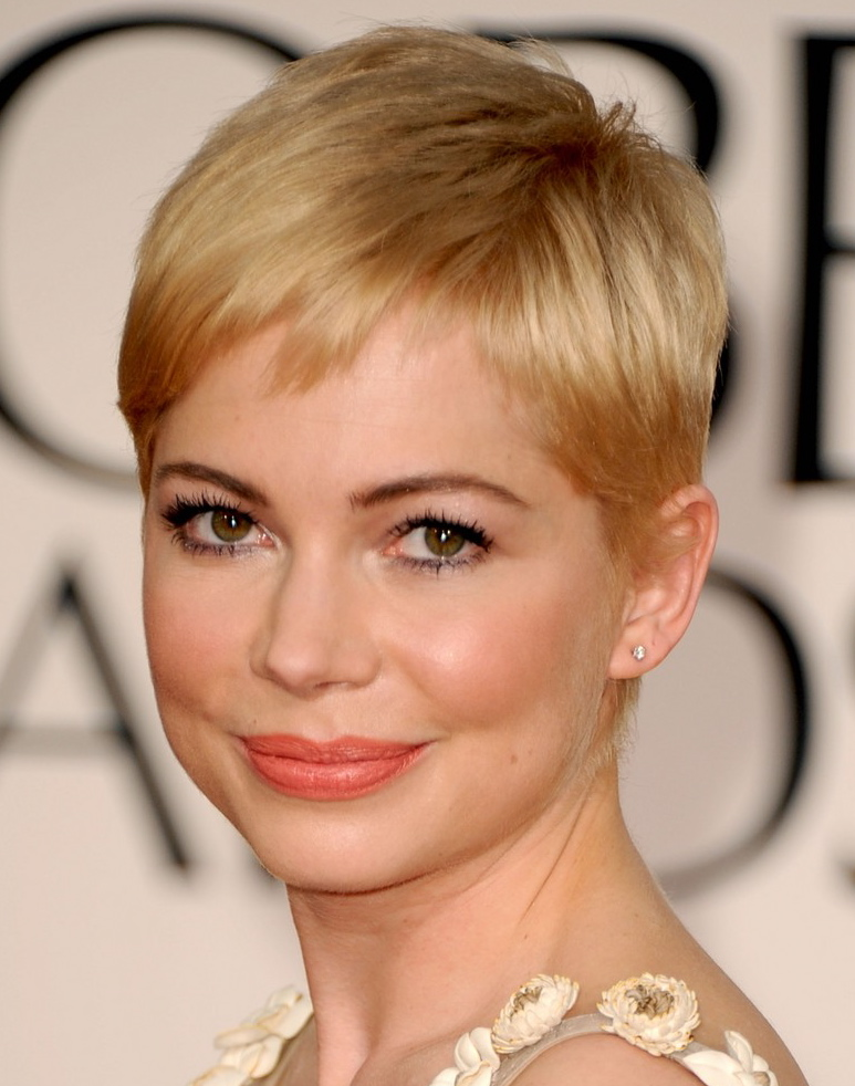 what does a pixie haircut look like new year and new look for 2801