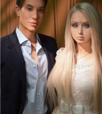 Barbie-Ken-Doll