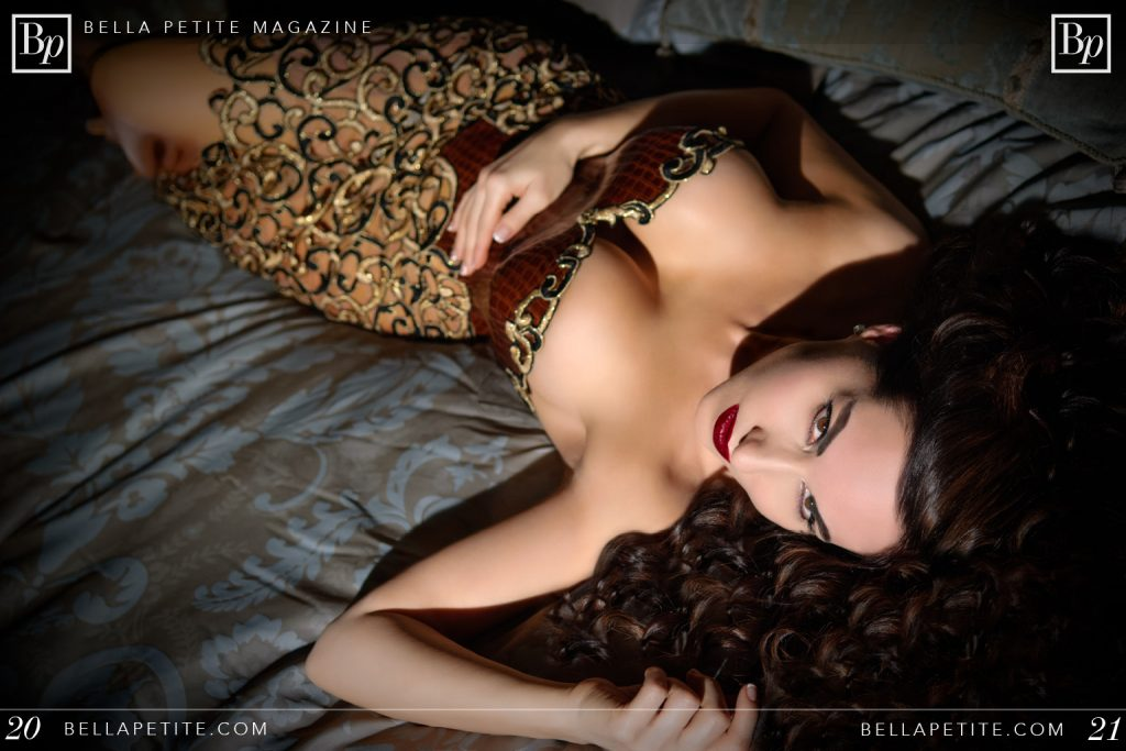 Bella Petite Models Magazine Ann Lauren (no year)