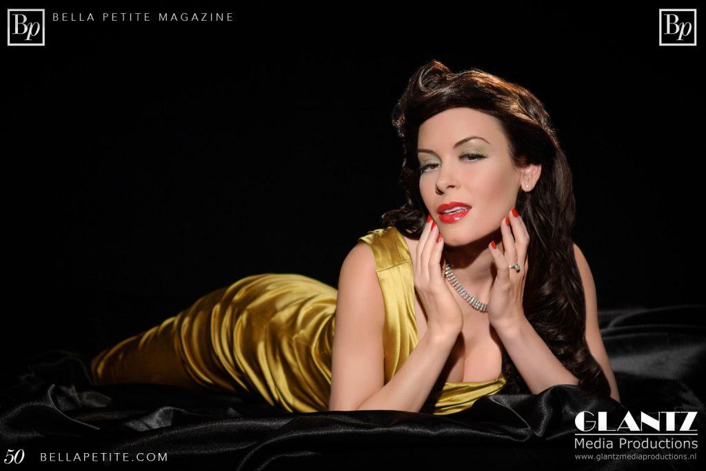 English Grammar Ann Lauren Carter Bella Petite Magazine Fashion Editorial